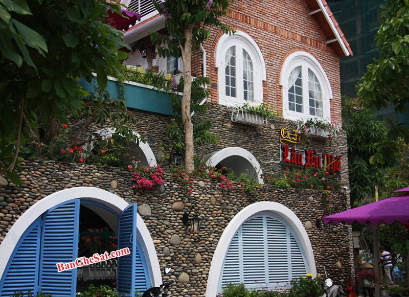 Minh Thy Cung Cấp Bàn Ghế Sắt Tại Quán Cafe Lâu Đài Phố , Dĩ An, Bình Dương