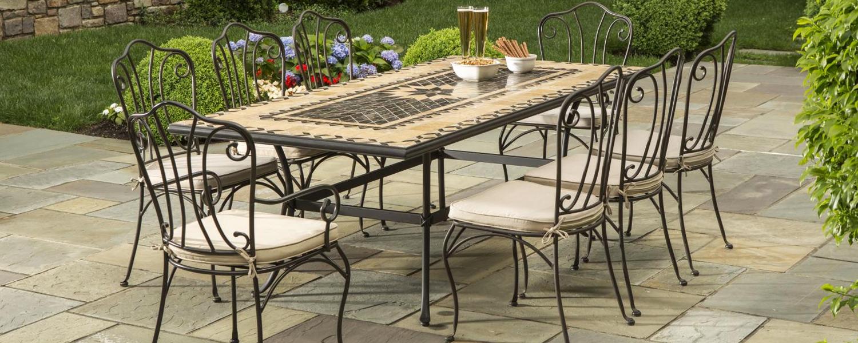 Lý do chọn bàn ghế sắt cafe sân vườn cho quán cafe ,resort