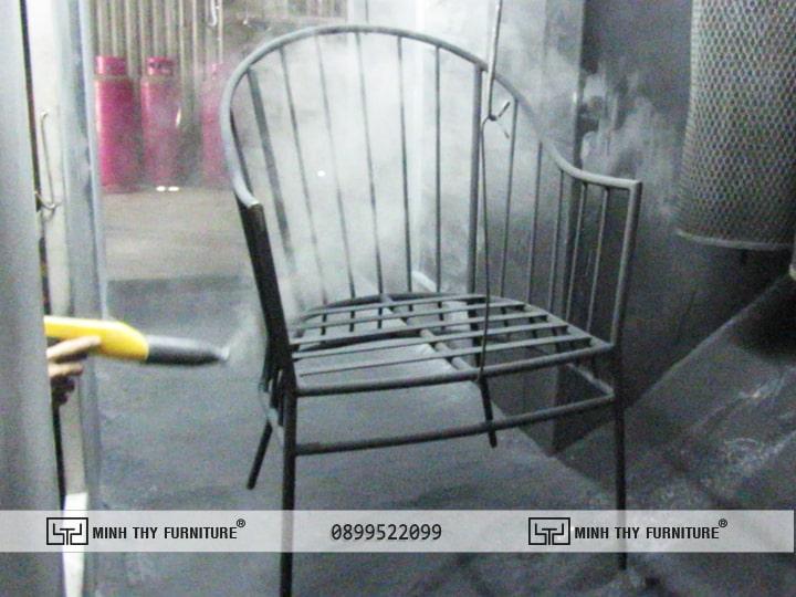 Sơn Tĩnh Điện bàn ghế sắt sân vườn